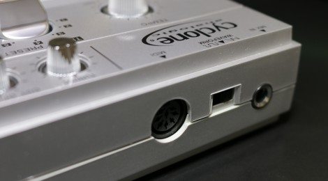 Cyclone Analogic TT-303 背面1