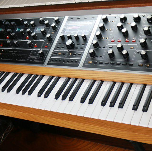 復活MOOG社初のアナログポリシンセ、Moog Oneは内蔵ファンの騒音、高いノイズフロア、多数の未実装機能という問題と共にやって来た